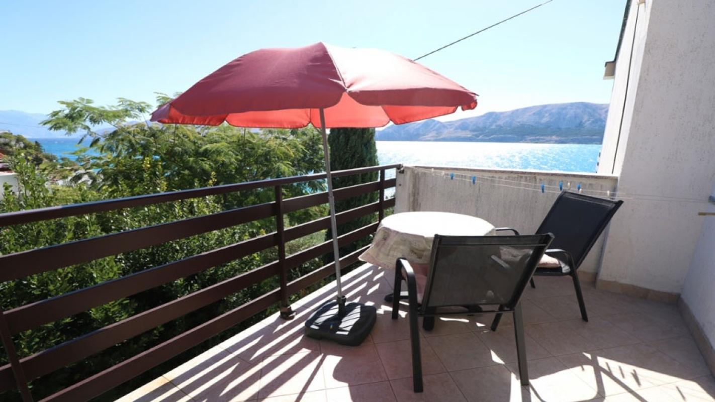 Dvokrevetna soba Jasna 2 sa zajedničkim balkonom i pogledom na more
