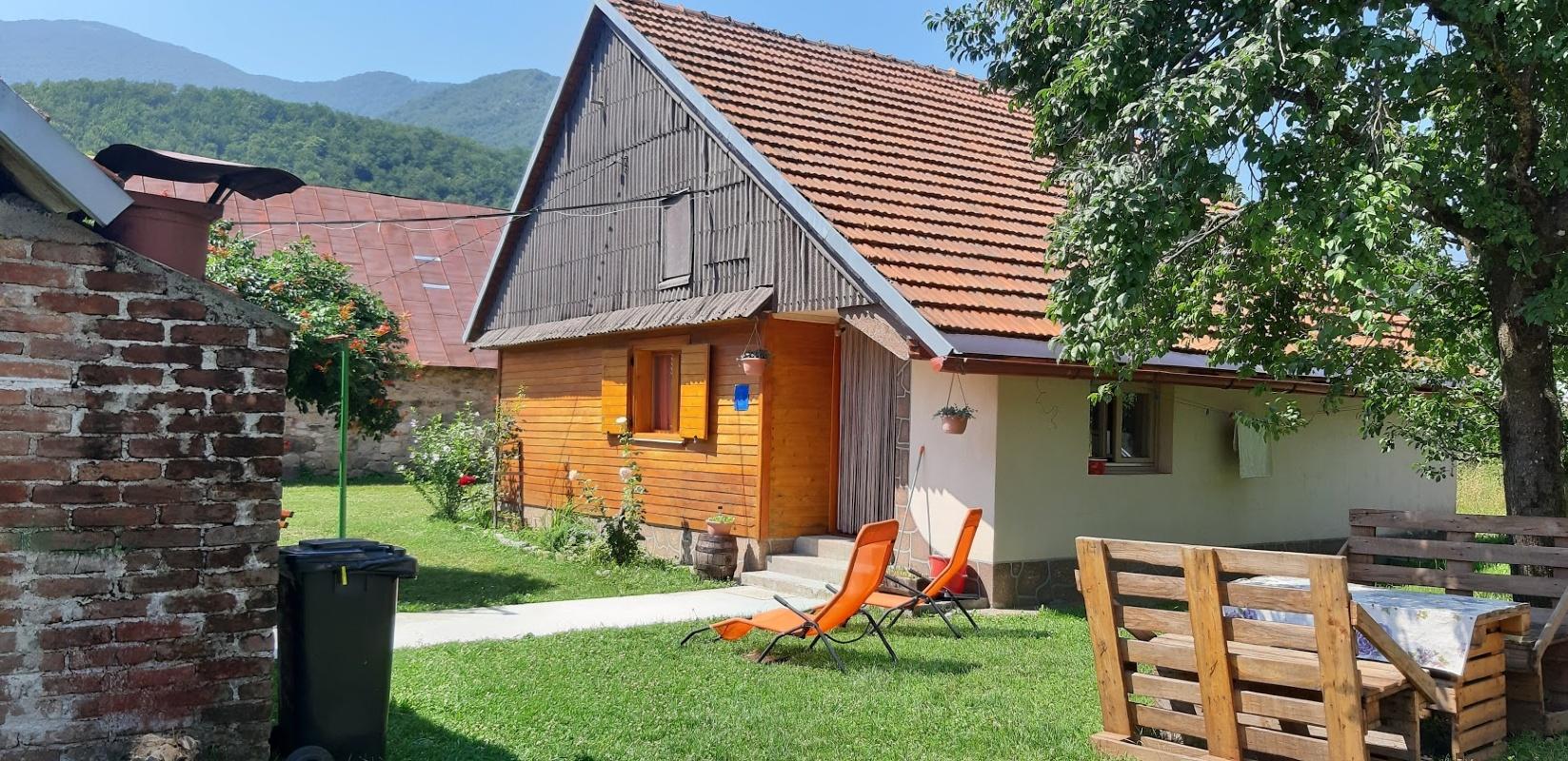 Holiday House Brušane, Lika