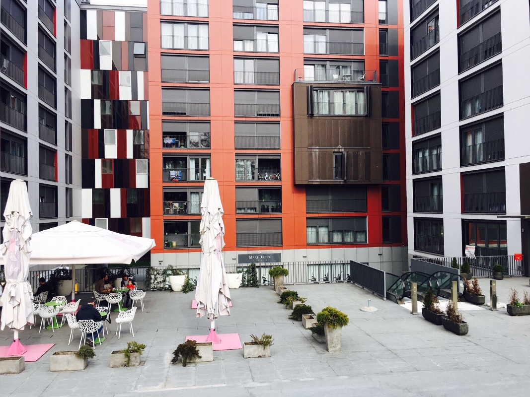 Apartman u blizini Kbc Rebro sa parkingom