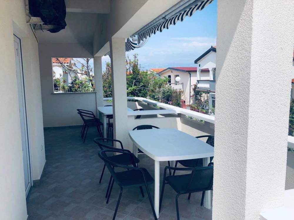 Apartment (6+0) Vir, Vir, Kroatien