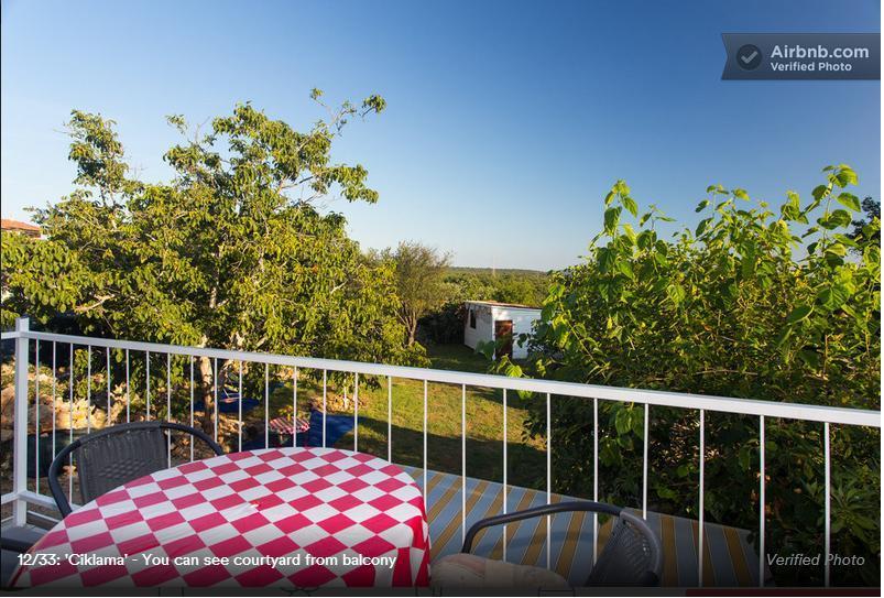 HAJ HAJDEMO NA MORE Krk, apartman 4 osobe, terasa, dvorište, roštilj