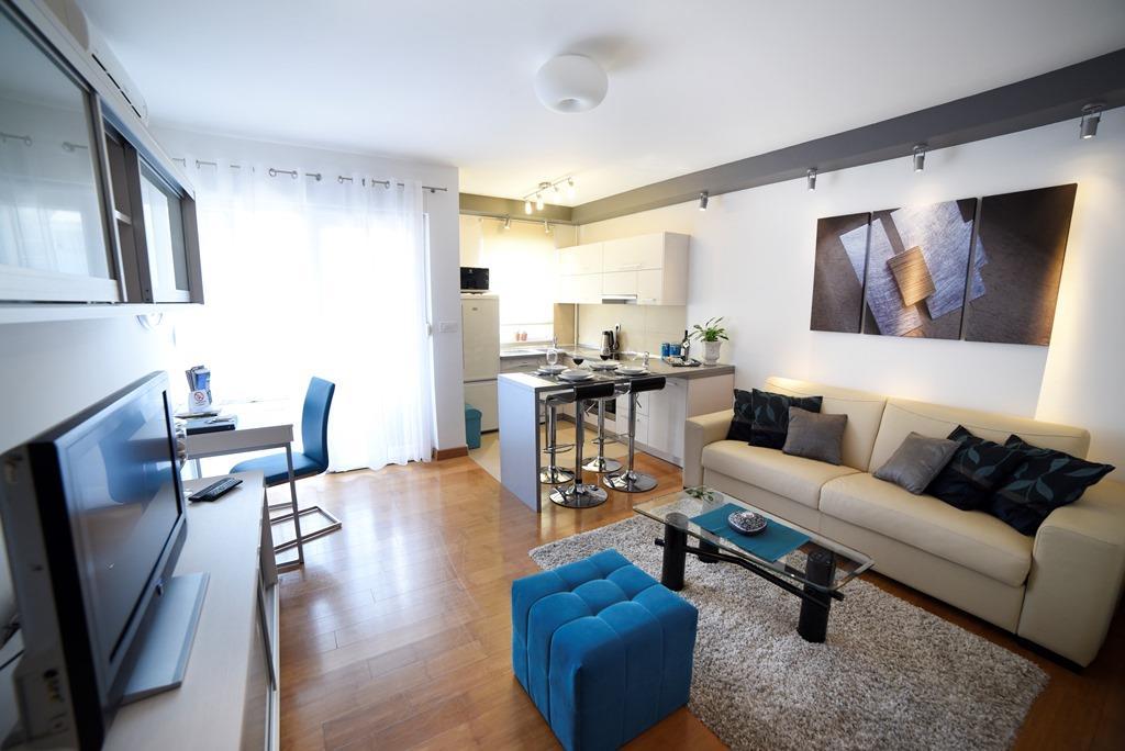Apartmán (2+2) Trešnjevka - Jug, Záhřeb, Chorvatsko