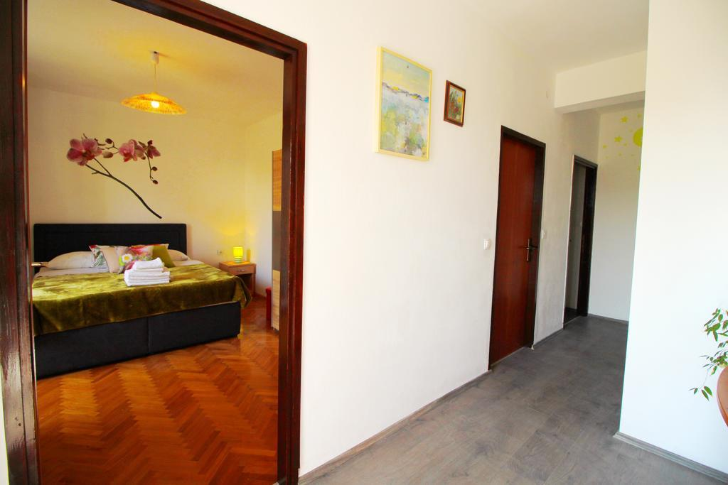 Appartamento (4+0) Belafuža, Zadar (Zara), Croazia