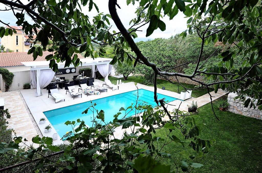 Nin (iznajmljivanje) Apartmani Luca, bazen, golf, besplatni bicikli