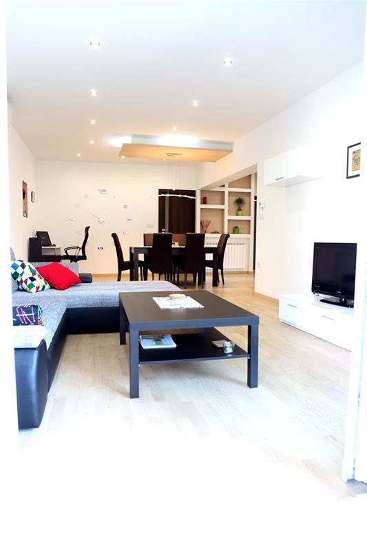Appartamento (5+0) Maksimir, Zagabria, Croazia