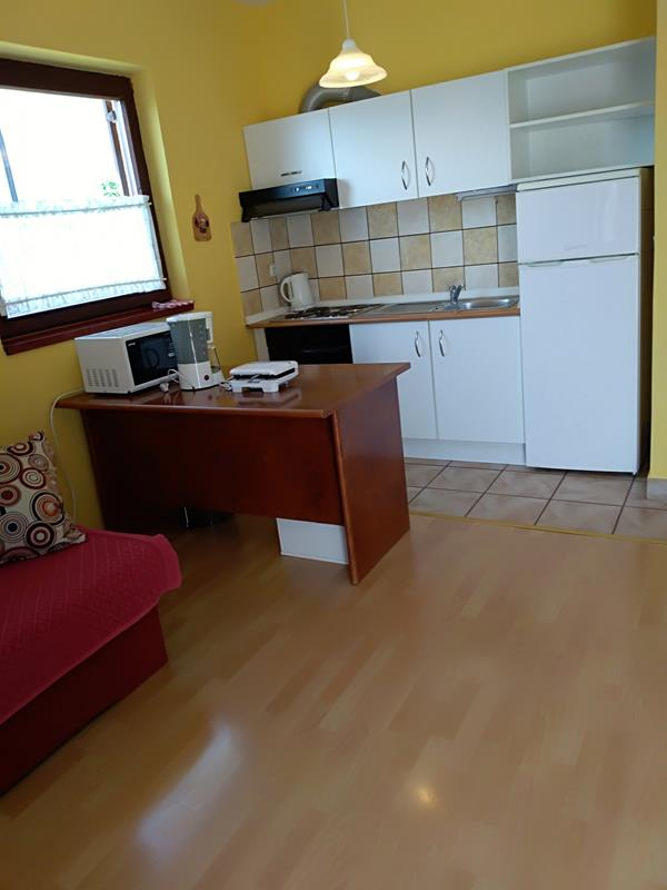 Apartment (2+1) Jezera, Tisno, Kroatien